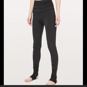 "Lululemon still mind tight 28"" stirrup nulu size 2"